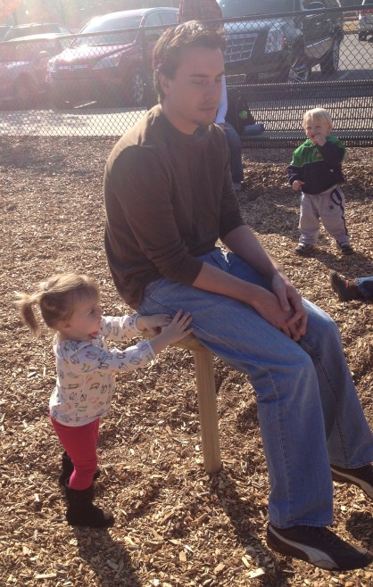 Elodie + Daddy at the park